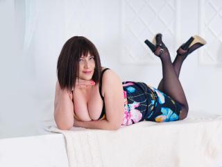 Sexy profilbilde av modellen  JuliaSoHot, for et veldig hett live webcam-show!