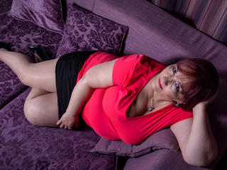 Sexet profilfoto af model RosaRed, til meget hot live show webcam!