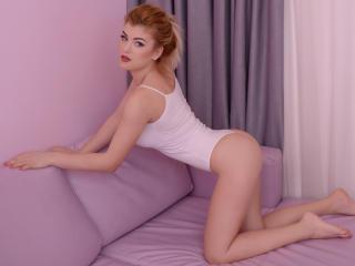AshleyLouise - 在XloveCam?欣賞性愛視頻和熱辣性感表演