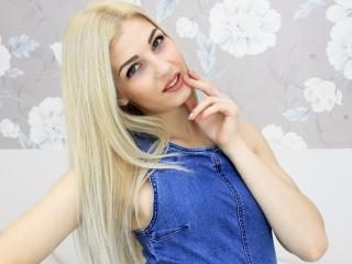 AriellaB - 在XloveCam?欣赏性爱视频和热辣性感表演