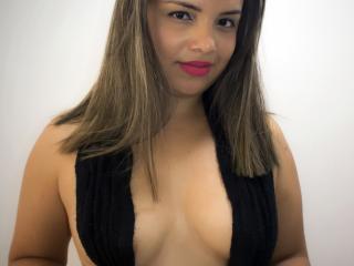 Litzydouce - 在XloveCam?欣赏性爱视频和热辣性感表演