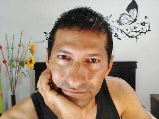 DanielBigCock sexy webcam woman