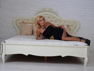 MarySunny milf webcam show