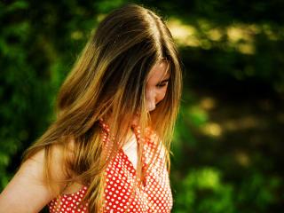Foto de perfil sexy de la modelo AlinaSweetie, ¡disfruta de un show webcam muy caliente!