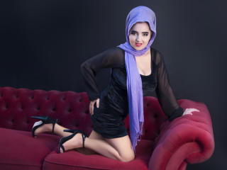 Picture of the sexy profile of AlliyahMuslim, for a very hot webcam live show !