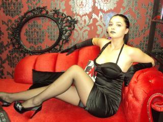 Foto de perfil sexi, da modelo BlackWidow69, para um live show webcam muito quente!