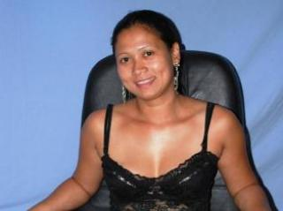 Picture of the sexy profile of Hotpinay69, for a very hot webcam live show !