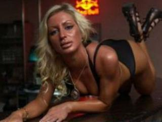 Model MiraMelody'in seksi profil resmi, çok ateşli bir canlı webcam yayını sizi bekliyor!
