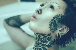 Photo de profil sexy du modèle SandraFlex, pour un live show webcam très hot !