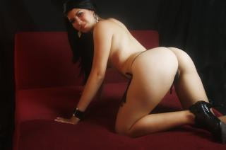 Picture of the sexy profile of SexyestHotty, for a very hot webcam live show !