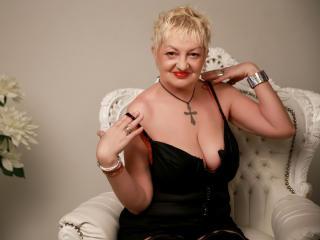 Velmi sexy fotografie sexy profilu modelky UrFunnyLady pro live show s webovou kamerou!