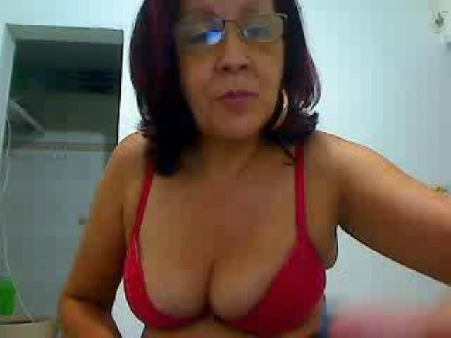 Foto de perfil sexy de la modelo MaduritaHotX, ¡disfruta de un show webcam muy caliente!