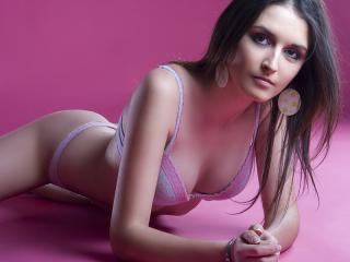 SexyXCarmina - Sexy live show with sex cam on XloveCam