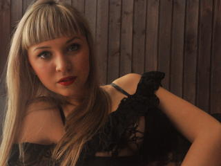 YourGladness - Sexy live show with sex cam on XloveCam