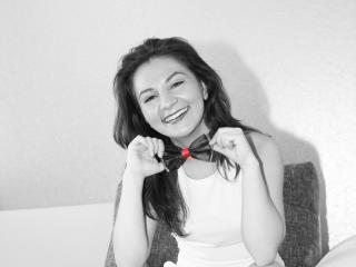 TiaLove - Sexy live show with sex cam on XloveCam