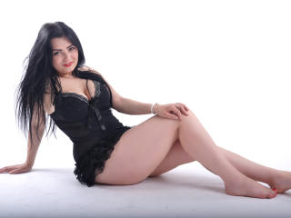MayaXDoll - Sexy live show with sex cam on XloveCam