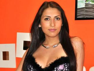 SweetyTaylor - Sexy live show with sex cam on XloveCam