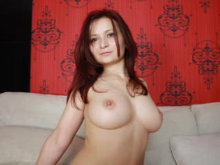 LovelyBella - Sexy live show with sex cam on XloveCam