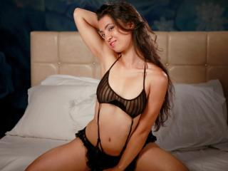 OneNaughtyEveline - Sexy live show with sex cam on XloveCam