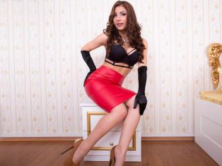 Sexy nude photo of AmiraHorny