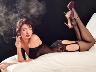 KarlaDolce - Sexy live show with sex cam on XloveCam