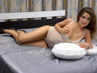RachelleMartin - Sexy live show with sex cam on XloveCam