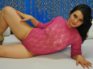 RosyAmber - Sexy live show with sex cam on XloveCam