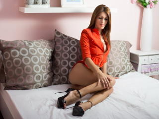 JoannaEvans - Sexy live show with sex cam on XloveCam