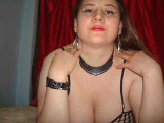 Superstar - Sexy live show with sex cam on XloveCam