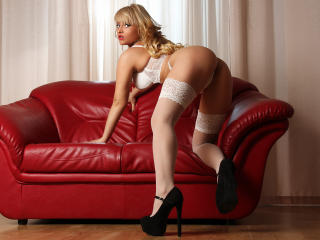 KatyXBelle - Sexy live show with sex cam on XloveCam