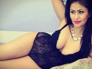 SolangeRay - Sexy live show with sex cam on XloveCam