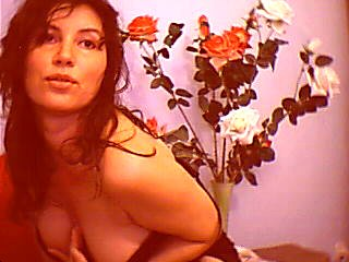 MagieBlanche - Webcam x with this charcoal hair Attractive woman