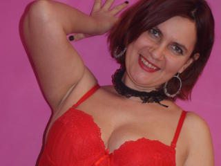 BigTitsXHot - Show live sex with a European Sexy mother