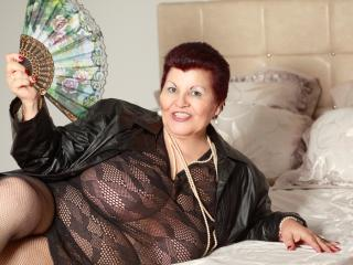 MatureMaidenX - Webcam live x with this European Lady over 35