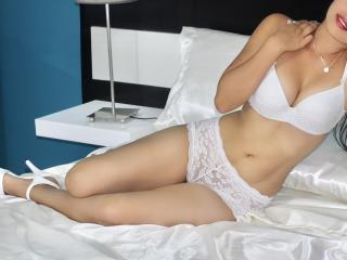 Sexy nude photo of YekaKonor