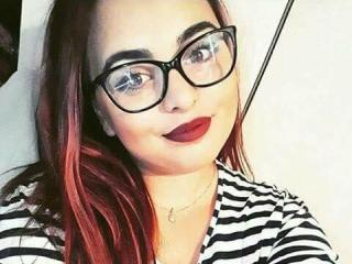 ChaudePourxToi - Live cam exciting with a Sweater Stretchers Hot babe