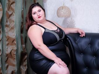 ReddAdele - online show x with a shaved vagina Hot chicks