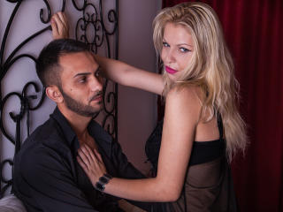 TraceyAndFloyd - Webcam hard with a Female and male couple with an athletic body