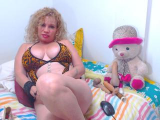 DayannaHott - Sexy live show with sex cam on sex.cam