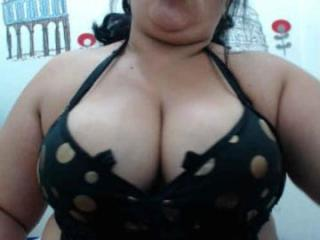 XaraHot - Sexy live show with sex cam on XloveCam®