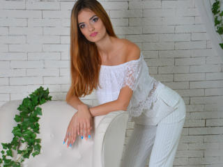 WhiteLotus - Sexy live show with sex cam on XloveCam®