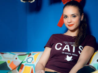 IrinnyRay - Live xXx with this fit physique Girl