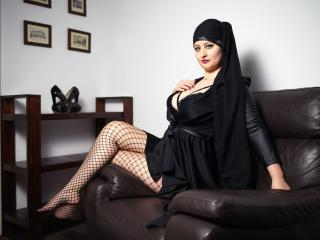 Asira - Chat hot with this bubbielicious Sexy babes