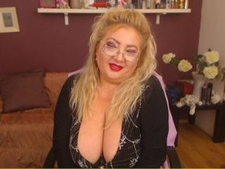 TresSexyFlorence - Live hard with this curvy woman Mature