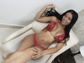 SallyHansenn - Sexy live show with sex cam on XloveCam®