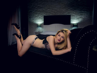 LindaBrynn - Show sexy et webcam hard sex en direct sur XloveCam®