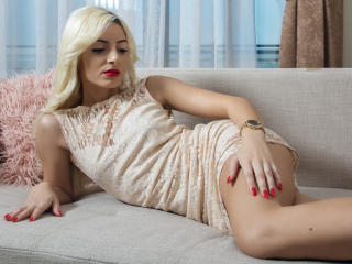 SophiaTaylor - Show sexy et webcam hard sex en direct sur XloveCam®