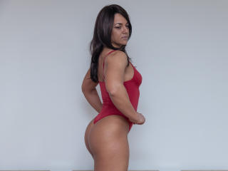 NinaFontaine - Webcam live xXx with a toned body Young and sexy lady