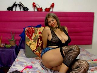 MatureDelicious - Chat exciting with a huge knockers Lady over 35
