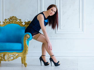AnnaHollie - Show sexy et webcam hard sex en direct sur XloveCam®